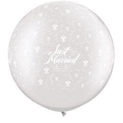 Qualatex balón priehladný z ružičkami a napisom Just Married