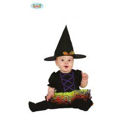 Čarodejnica s farebnou sukňou