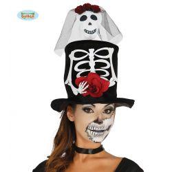 Dámsky klobúk s kostrou